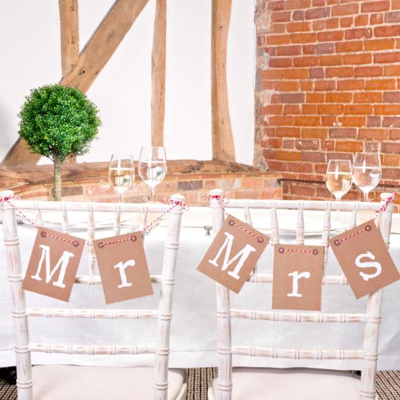 Guirlande de chaises Mr and Mrs