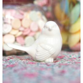 Oiseau porcelaine blanche