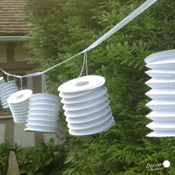 Guirlande lampions accordéons blancs