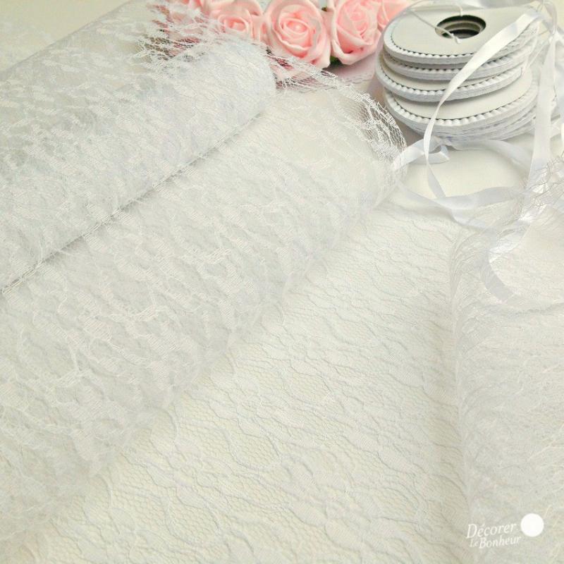 decoration de table chemin de table dentelle. Black Bedroom Furniture Sets. Home Design Ideas