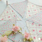 Guirlande de fanions tissu floral pastel