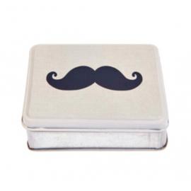 Boite lovely moustaches