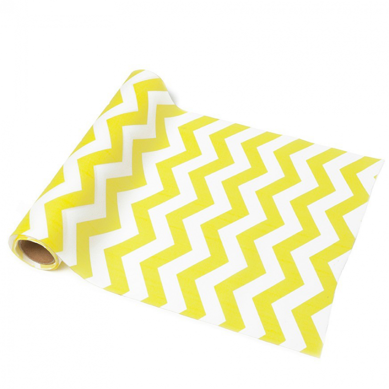 decoration de table chemin de table chevron jaune