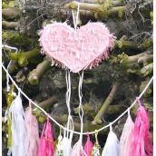Pinata rose joli coeur