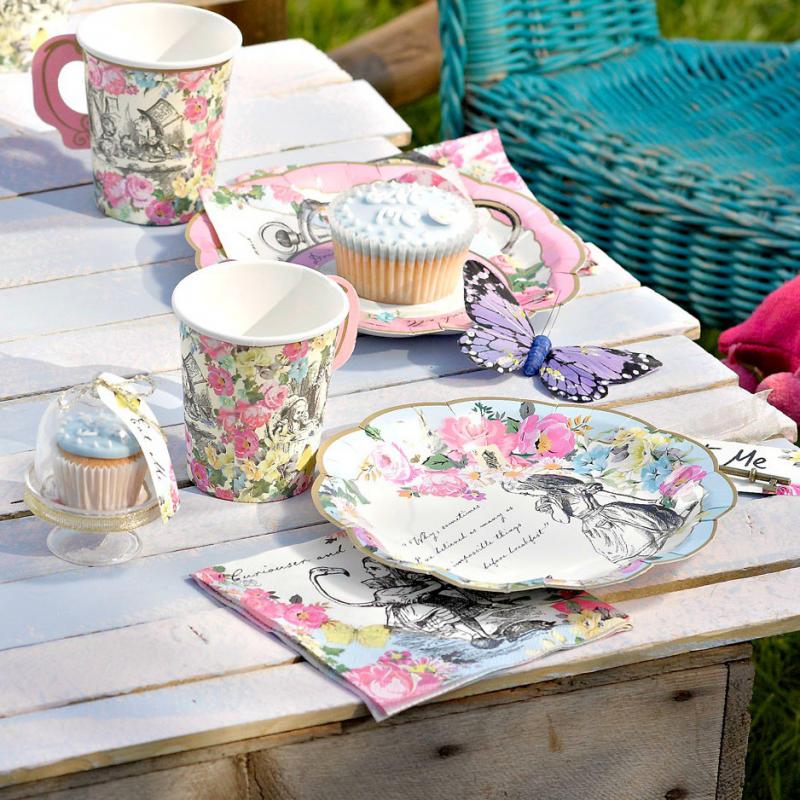 Decoration de table serviettes papier so alice - Decoration serviette de table ...