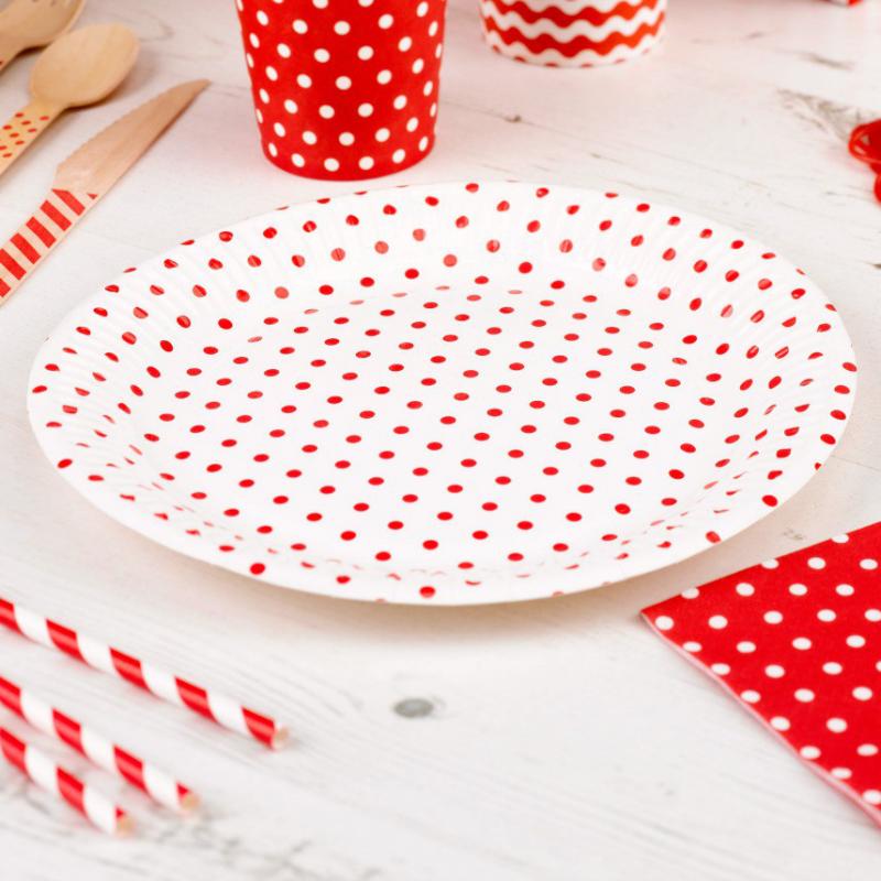 vaisselle jetable anniversaire assiettes blanches pois rouges. Black Bedroom Furniture Sets. Home Design Ideas