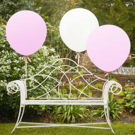 Ballons blancs et roses géants