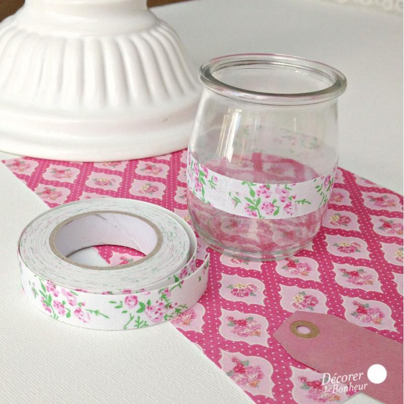 decoration de table ruban masking tape tissu liberty rose. Black Bedroom Furniture Sets. Home Design Ideas