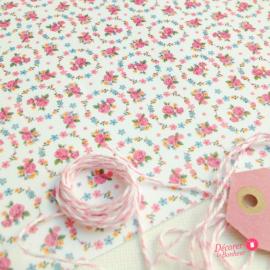 Feuille sticker tissu médaillon floral white - format A5