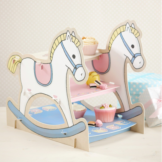 Centre de table cakestand baby nursery