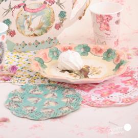Assiettes gâteaux perles et fleurs