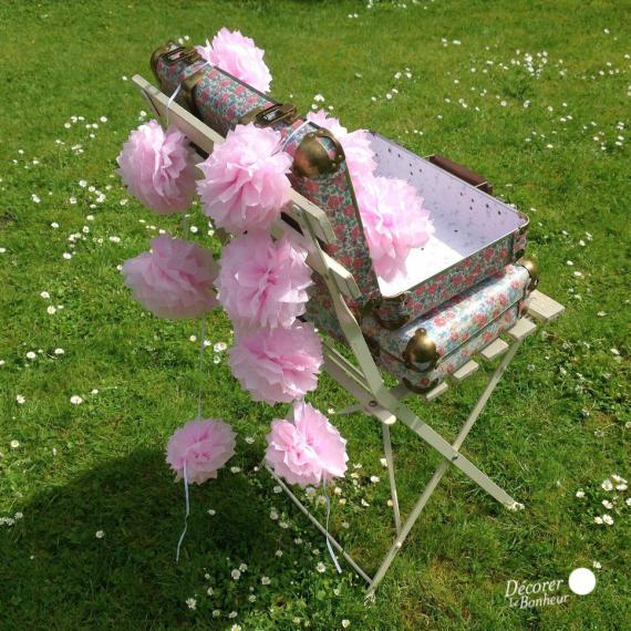 Guirlande de pompoms rose