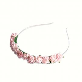 Couronne bandeau de petites roses tendres