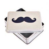 Boite lovely moustaches