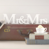 Lettres rétro white Mr & Mrs