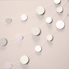 Guirlande de confettis glam blanc et argent C