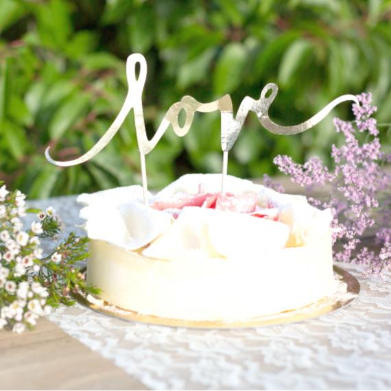 Cake topper love or rose
